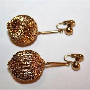 MASSIVE FILIGREE BALL GOLD DANGLE EARRINGS EM9